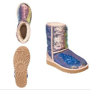 Ugg cosmo boots